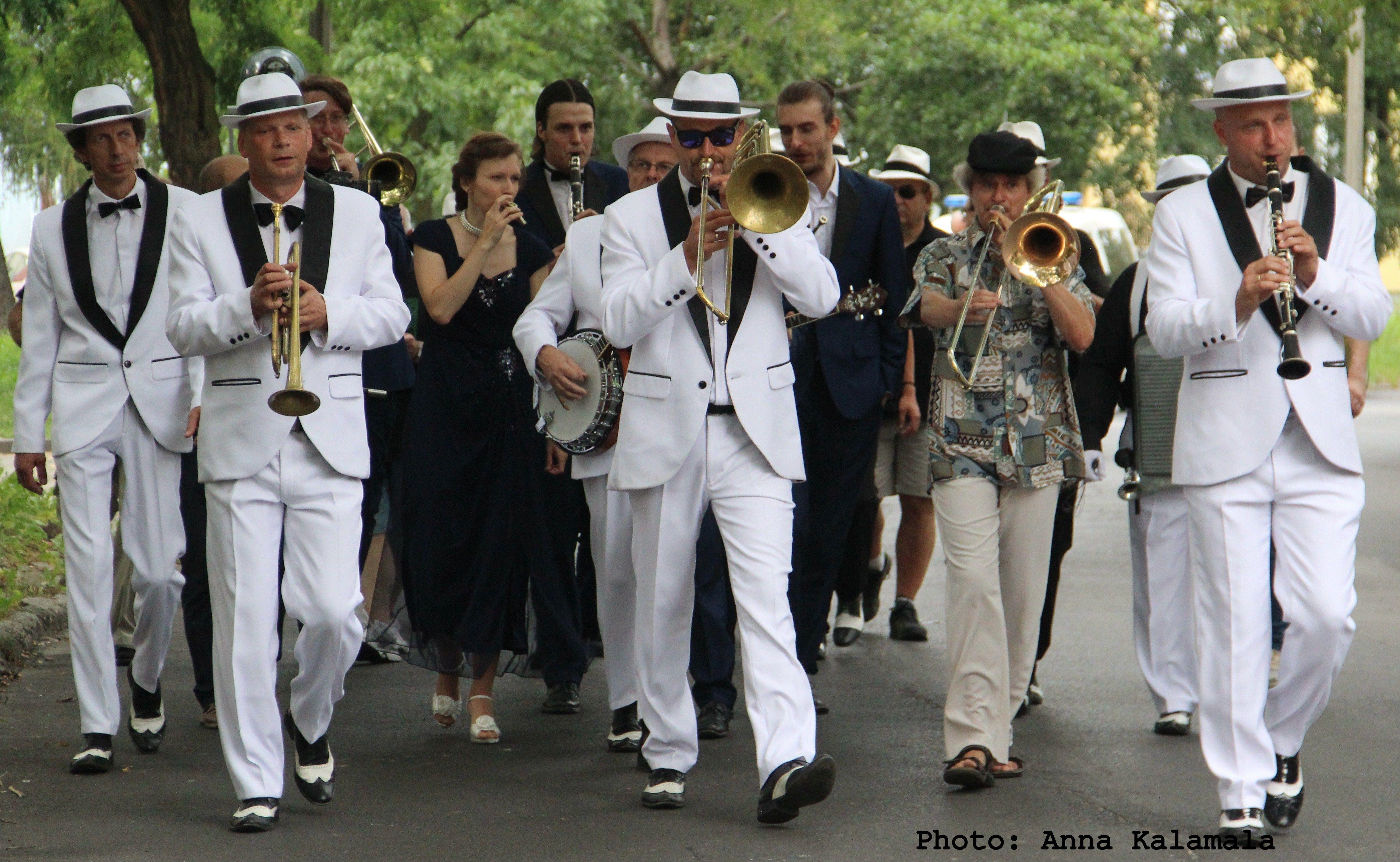 Parada Dixie (75)